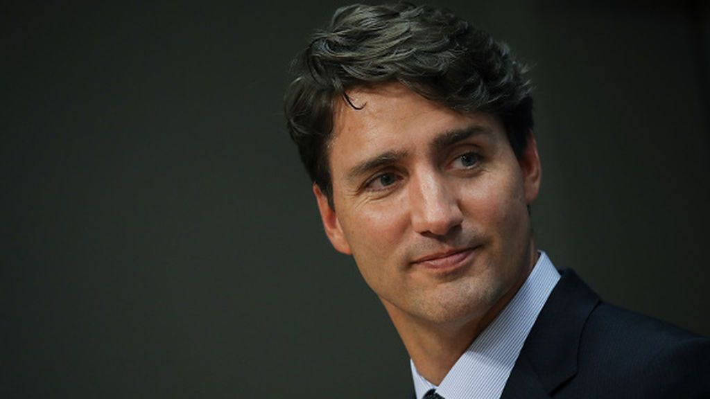 """Toronto cancela la educación presencial mientras Canadá lidia con una ola de """"variantes"""" de coronavirus"""