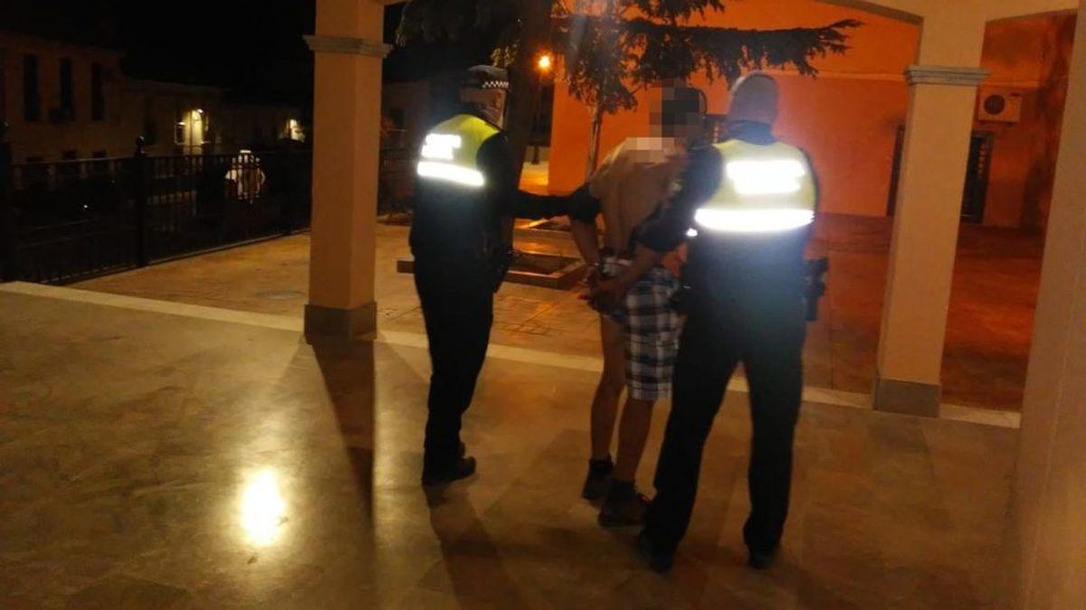 Detenido un hombre acusado de secuestrar y maltratar a su pareja en Íllora, Granada
