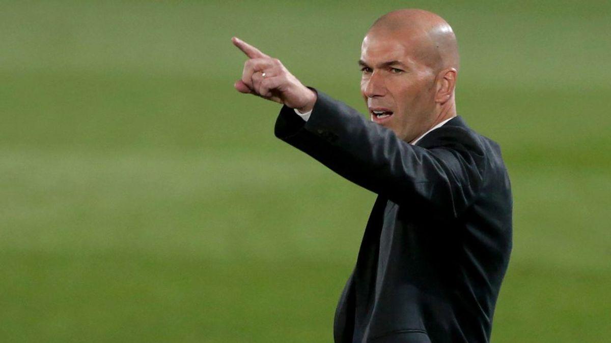 Zidane le ganó la partida a Klopp en el banquillo.