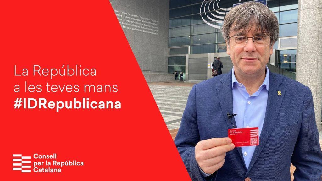 El 'DNI catalán' de Puigdemont será de pago y no permite trámites con la Generalitat