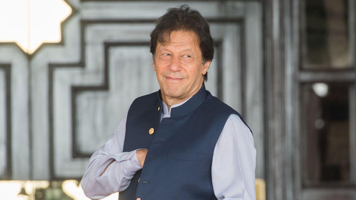Primer ministro Pakistán asocia violación forma vestir mujeres