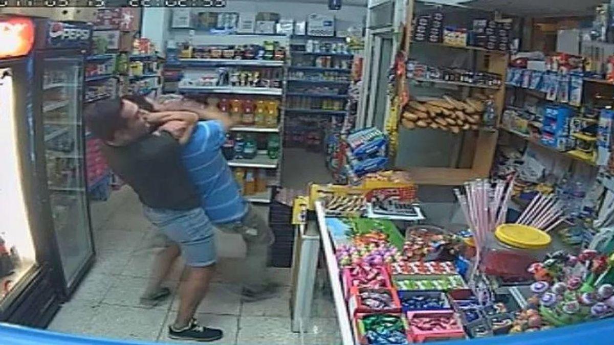Detenido un ladrón que empleaba el método del mataleón para asaltar a personas mayores en Madrid