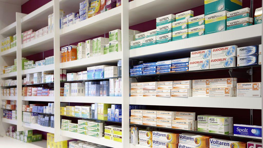 Nolotil, ibuprofeno o aspirina, fármacos muy comunes con más efectos secundarios graves que AstraZeneca
