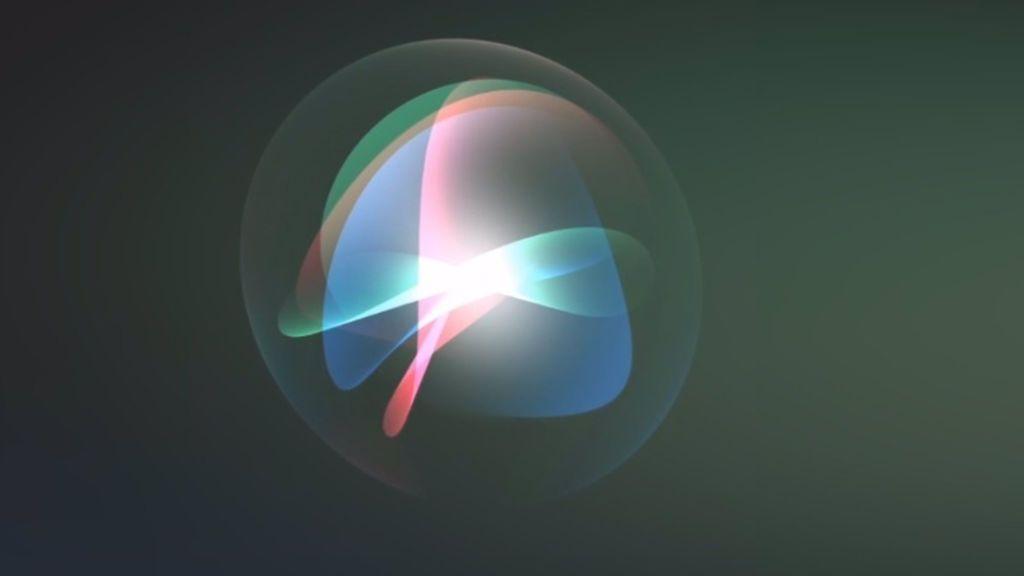 Apple incorpora voz masculina a Siri para que no sea sólo femenina por defecto y evitar el sexismo