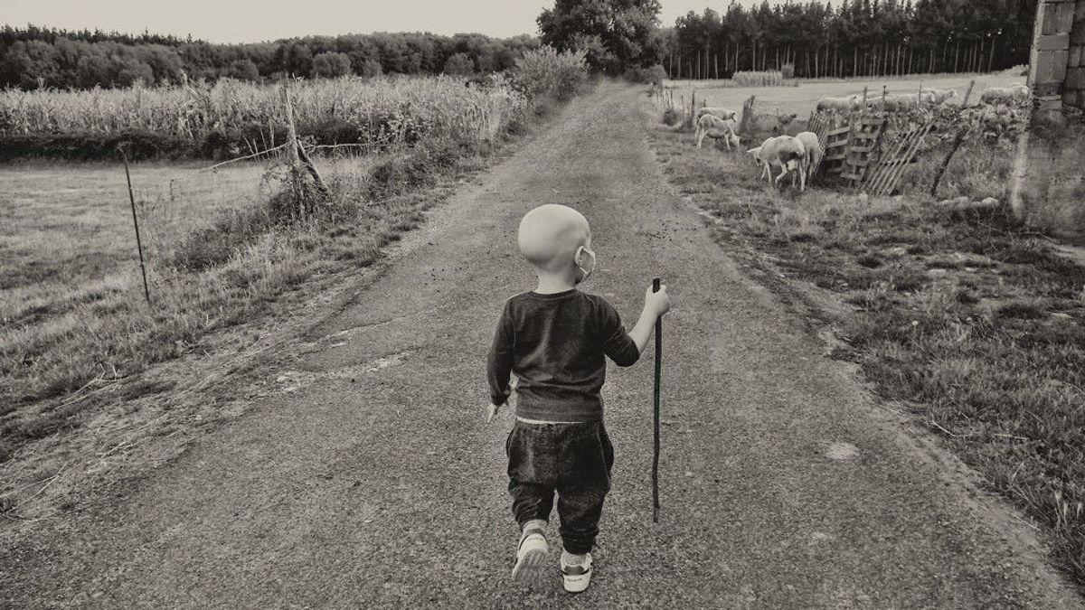 El camino de Eloi hacia el final de la leucemia gana un premio de fotografía