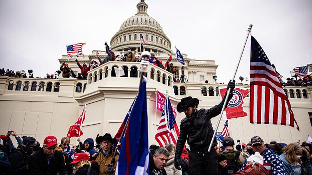 El Capitolio se convierte en el epicentro de la violencia racial de los Estados Unidos FINDE