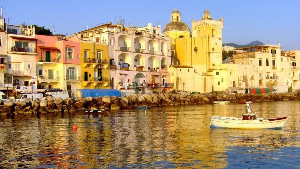 Última hora del coronavirus |  Italia planea vacunar a todos los habitantes de 35 islas para atraer un turismo seguro