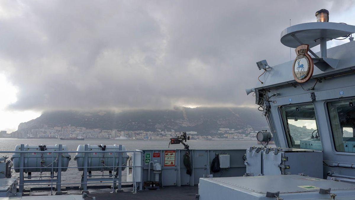 ¿Patrulla o paseo?: las idas y venidas del `HMS Trent´ por la Bahía de Algeciras