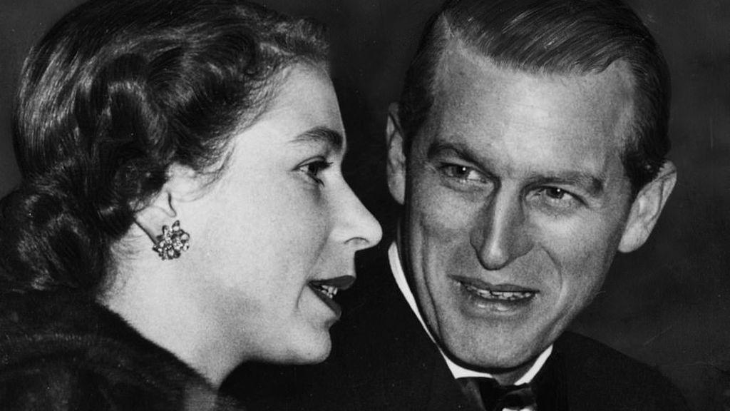"""Su principal trabajo fue """"no decepcionar nunca a la Reina"""": un matrimonio mágico que duró 73 años"""