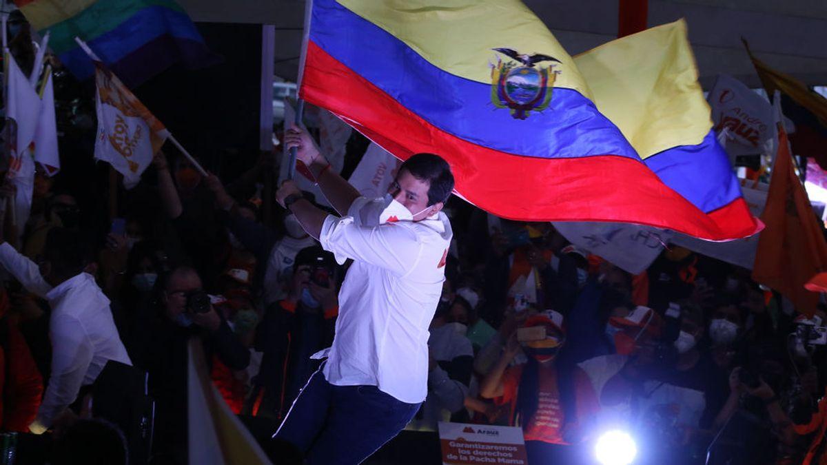 Ecuador vota a su presidente: el correísta Arauz o el conservador Lasso