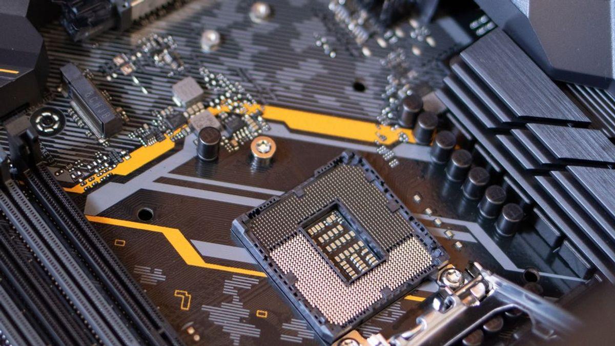 La escasez de chips retrasa la producción de iPad y MacBook y paraliza plantas de Ford y General Motors
