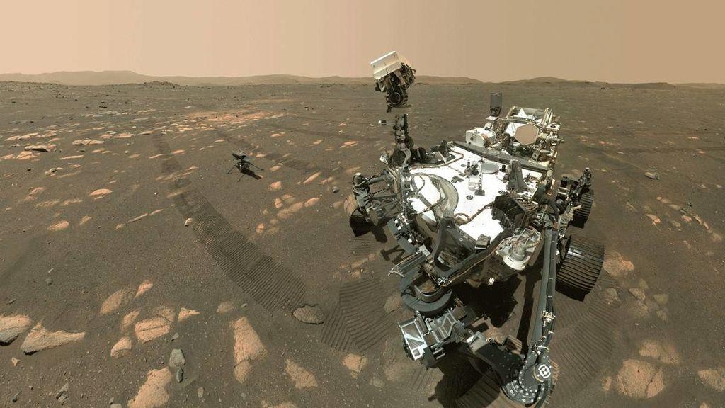 Esto no es una ilustración: es un 'selfie' que Perseverance ha tomado tras dejar a Ingenuity en suelo marciano
