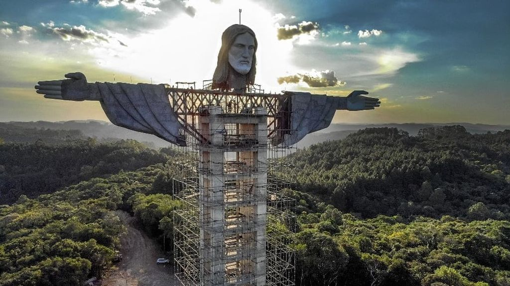 Construyen en Brasil una estatua de Jesús más alta que la del Cristo Redentor de Río de Janeiro