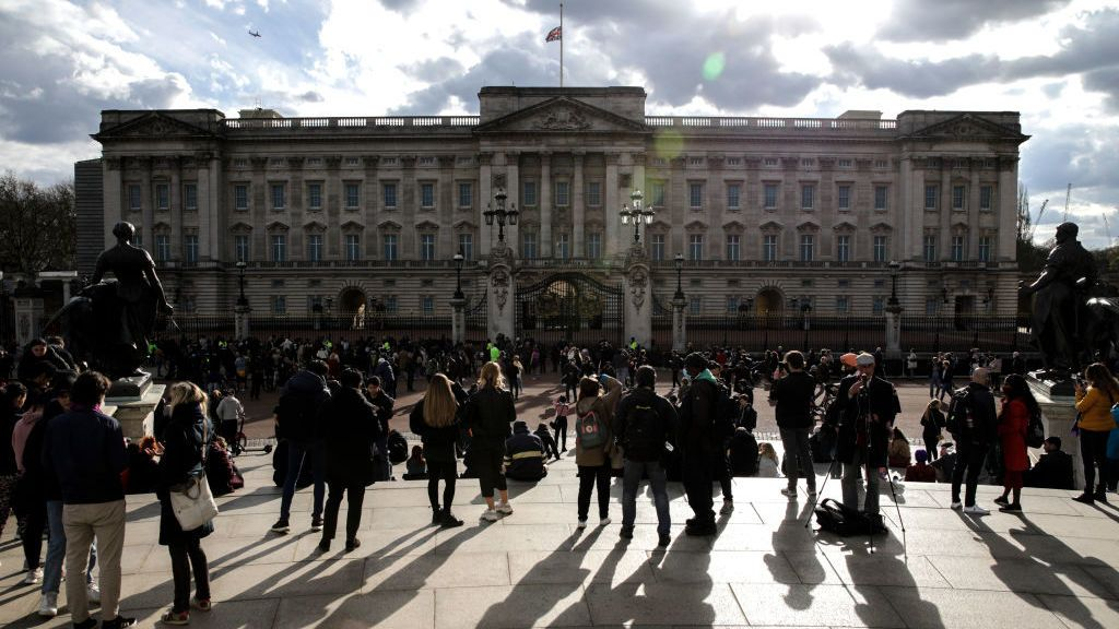 UK pays tribute to the Duke of Edinburgh with cannon salutes at noon