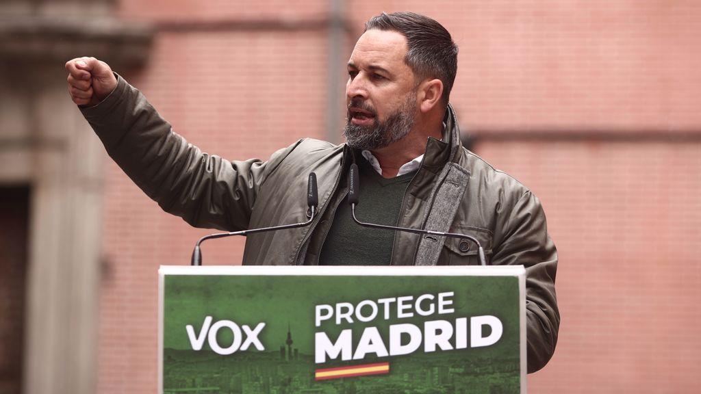 """Abascal acusa a Podemos de ser la """"minoría violenta y criminal"""" y Monasterio exige la apertura del fútbol y los toros"""