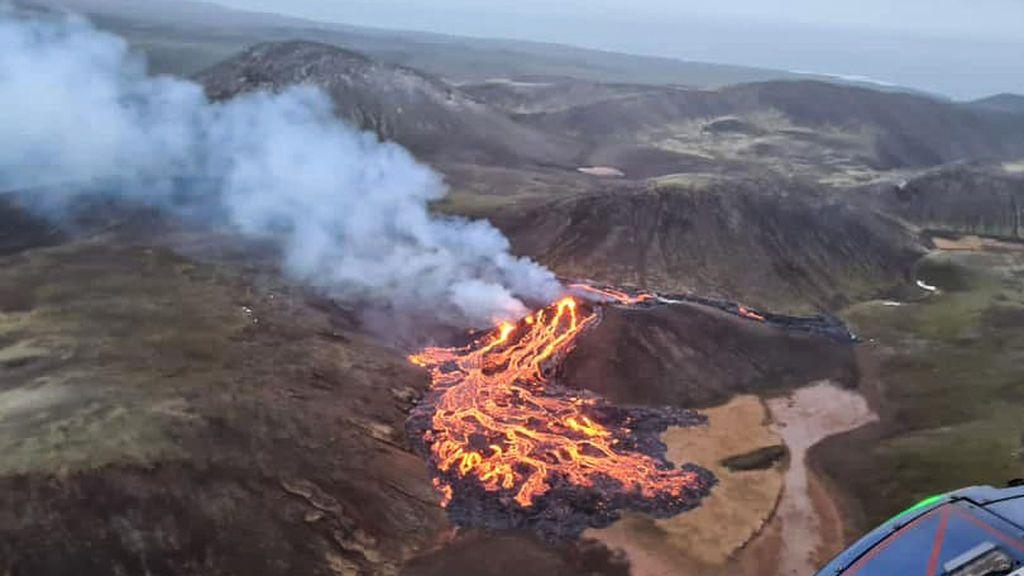 Tercera erupción del volcán islandés
