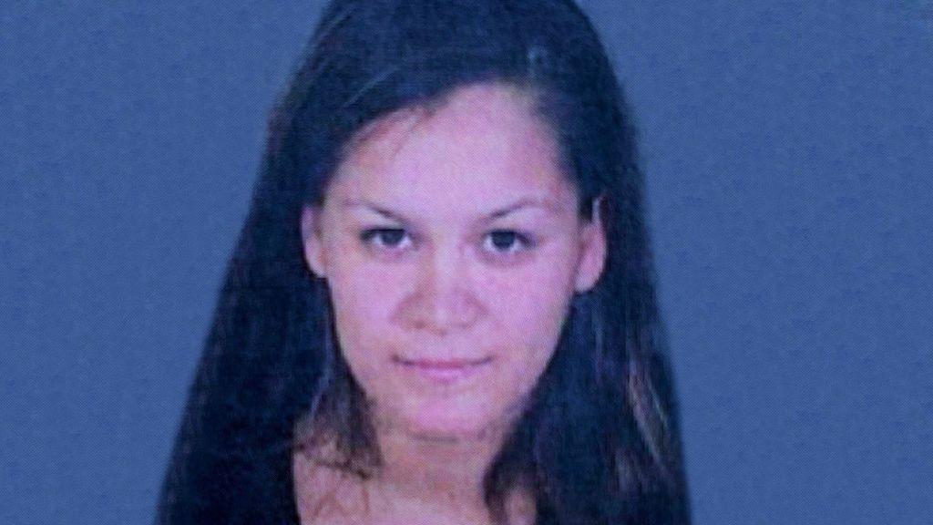 Una madre mata brutalmente a cuchilladas a sus tres hijos en Los Ángeles y después intenta huir en coche