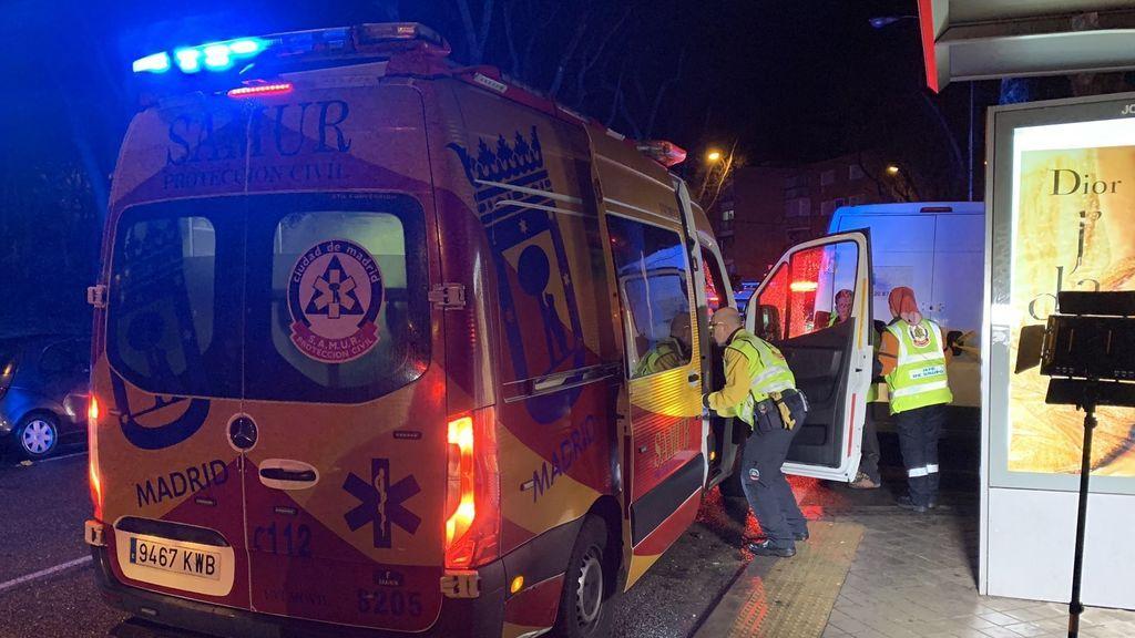 Herido grave un hombre al caerle un rayo en Madrid: le entró por el hombro y le salió por los pies