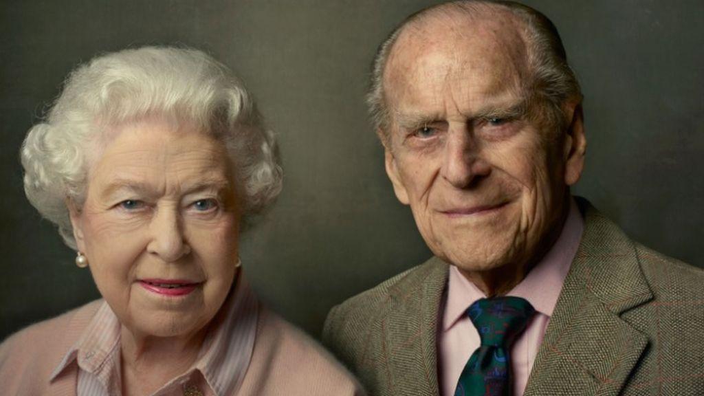 La emotiva frase de la reina Isabel II sobre su marido que ha publicado la casa real británica