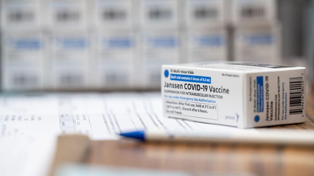 Llega la vacuna de Janssen: monodosis, de nevera, y más eficaz frente a las variantes del virus