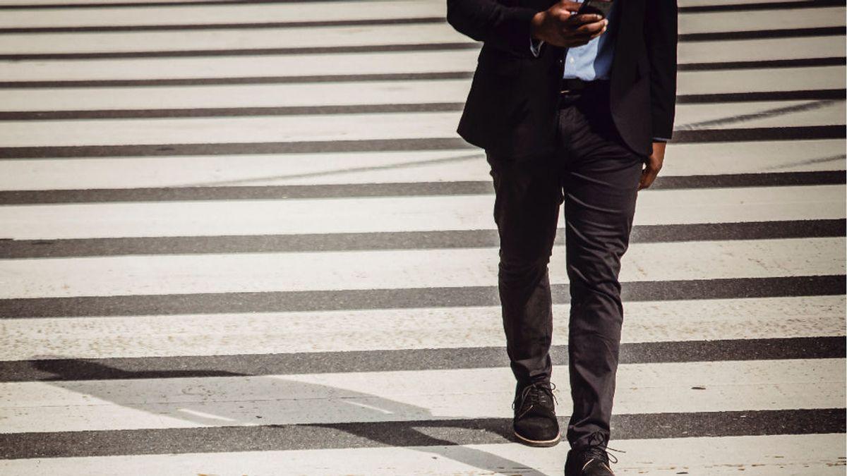 Google avisará a los usuarios a través de una app de que 'miren al frente' cuando caminen para evitar accidentes