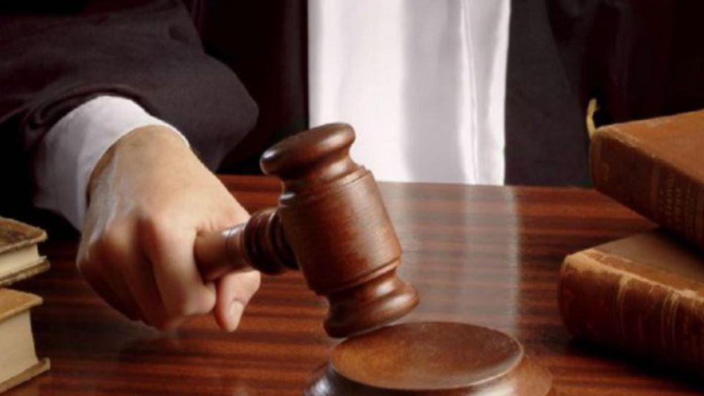 La acusada de abusos sexuales a siete asistentas acepta nueve años de cárcel