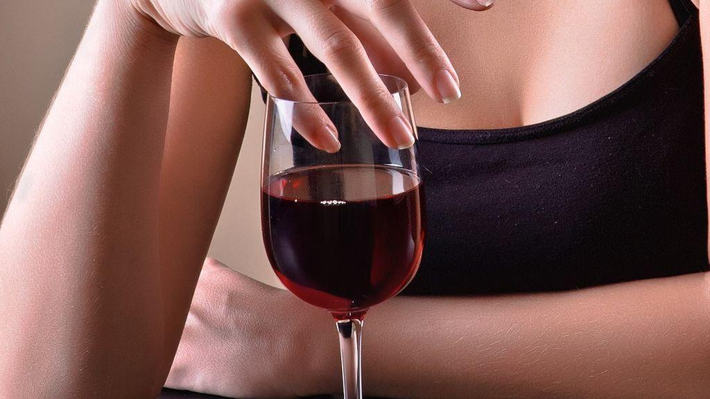drinking-4862976_1920