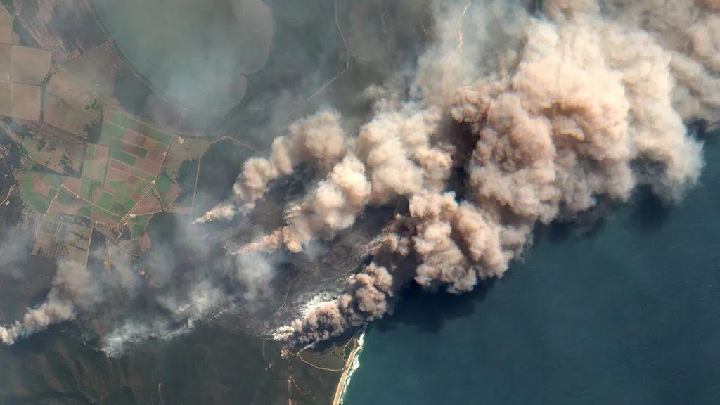 Los incendios del 'verano negro' de Australia calentaron la estratosfera, descubre un estudio