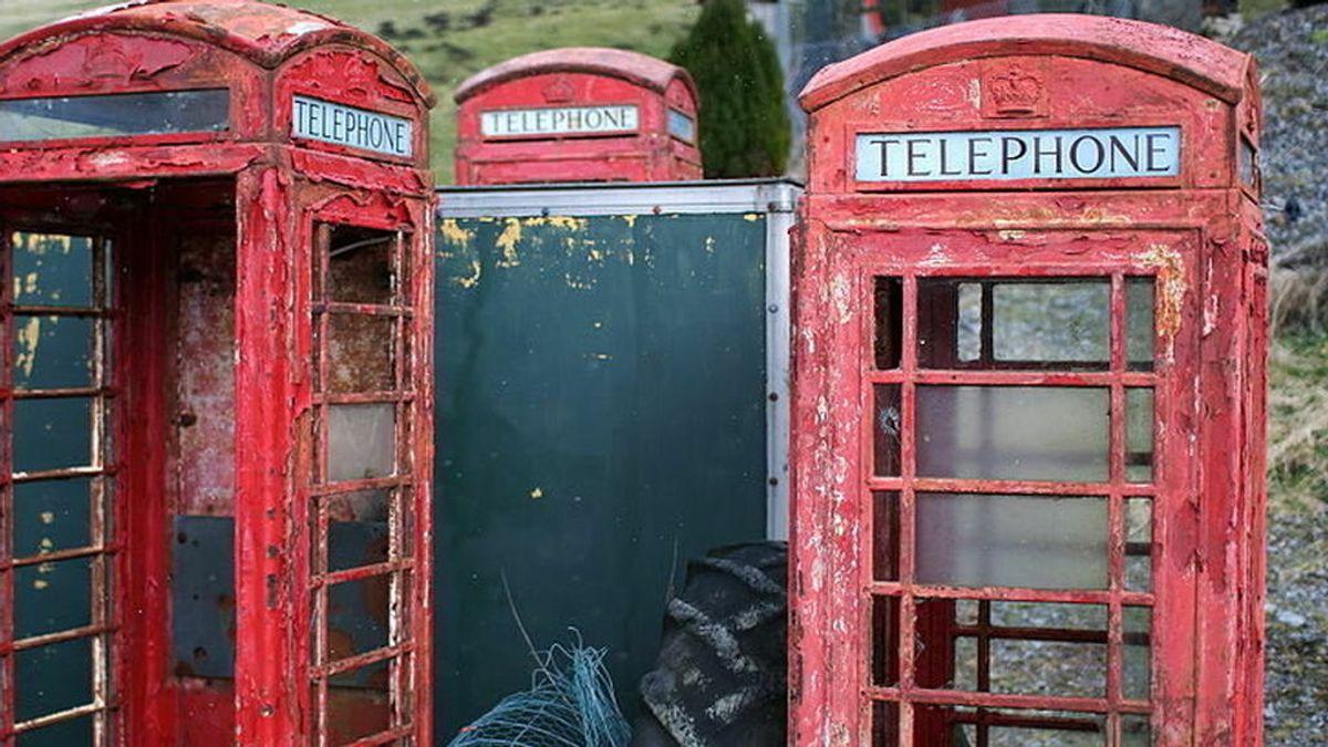 TELEFONO UK descomposicion