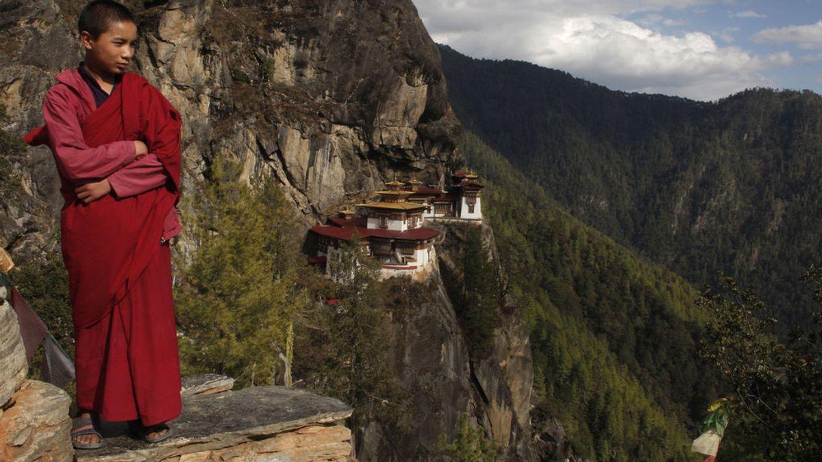 La vacunación en tiempo récord de Bután: en dos semanas inmuniza al 93% de su población