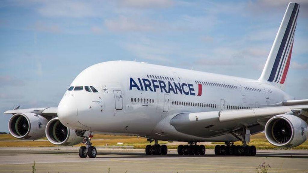Francia elimina los vuelos nacionales de menos de dos horas que se puedan hacer en tren