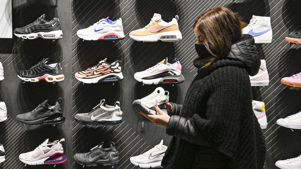 Nike dará una nueva vida a las devoluciones y venderá en sus tiendas zapatillas usadas más baratas