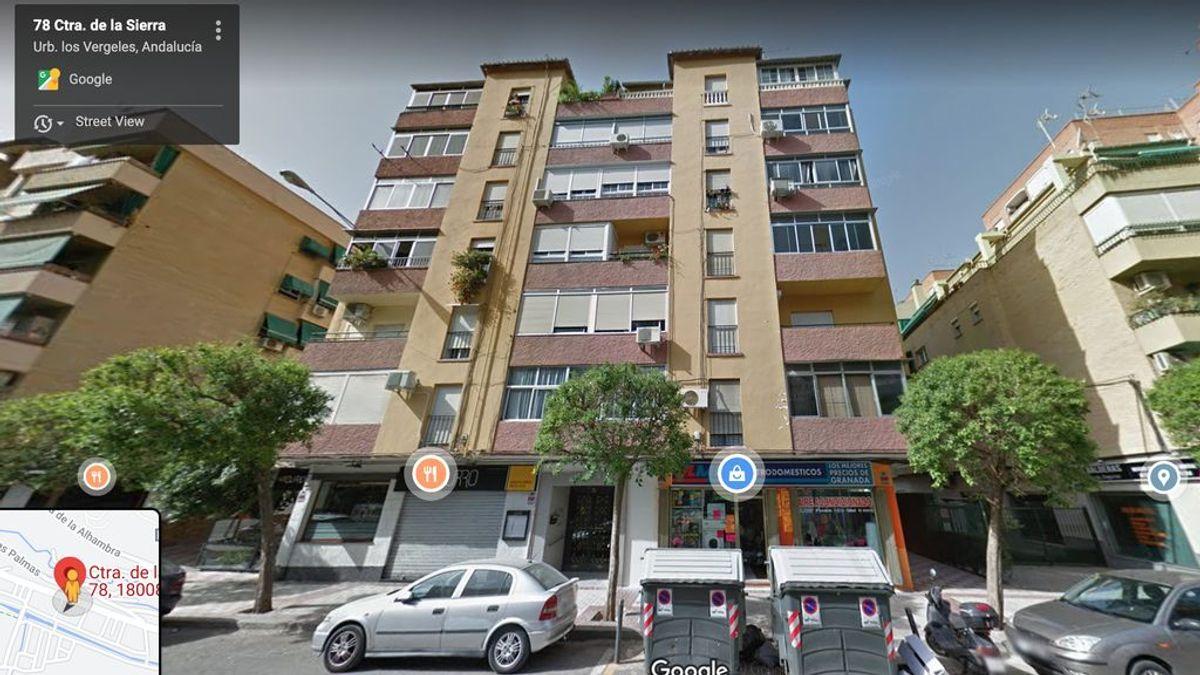 """Herida tras caerle un ventanal desde un quinto piso en Granada: """"La mujer ha vuelto a nacer"""""""