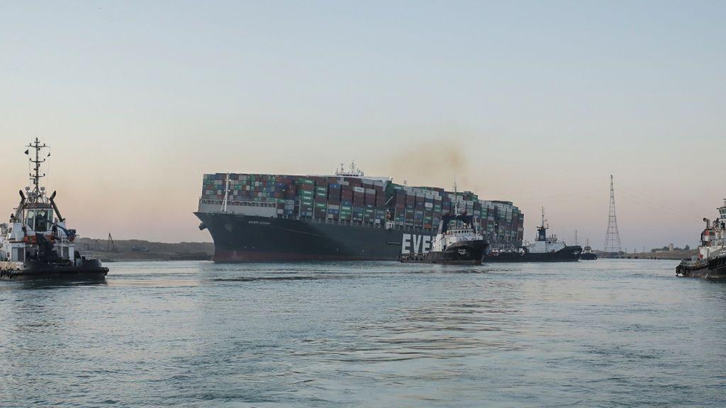 Egipto retiene el 'Ever Given' hasta que el armador pague 1.000 millones de dólares por el daño en el canal de Suez