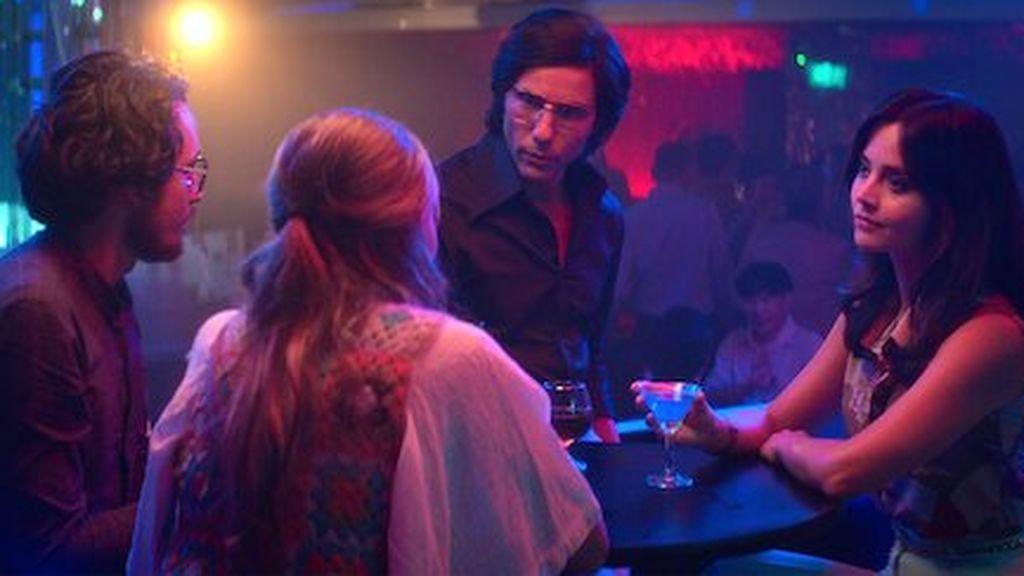 Alain Gautier y su mujer Monique, con sus víctimas en 'La serpiente'