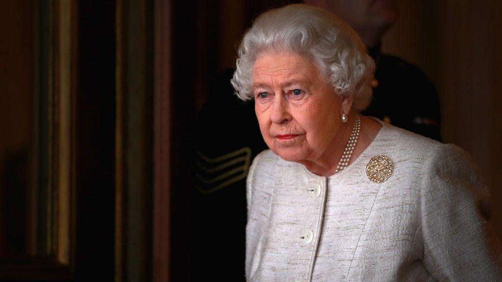 La reina Isabel II retoma su agenda cuatro días después de la muerte del duque de Edimburgo