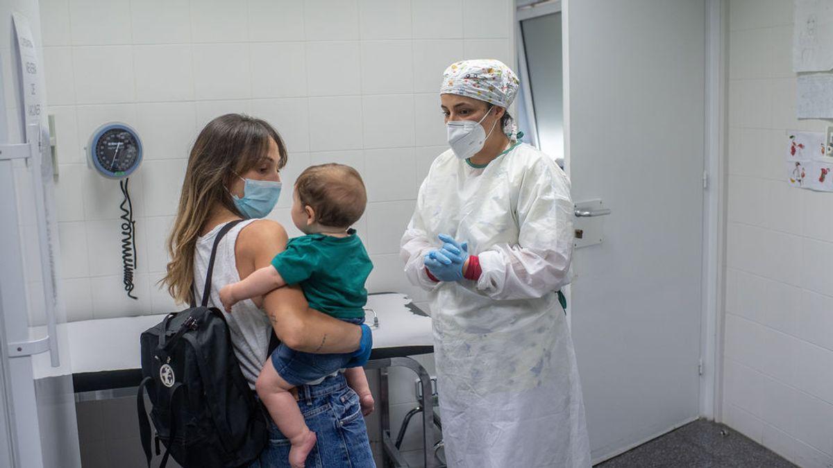 Los pediatras consideran necesario vacunar a niños y adolescentes contra el coronavirus