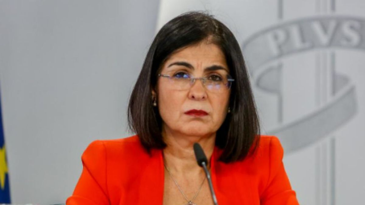 Carolina Darias preocupada por el aumento de las estancias en UCI y la dificultad de salir de ellas