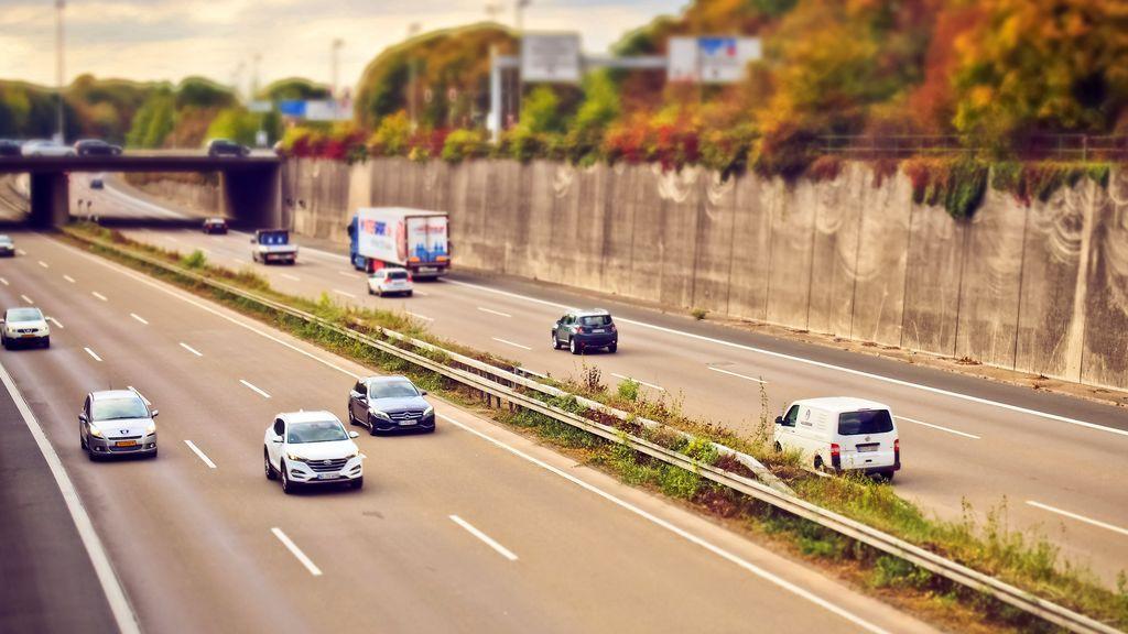 En España hay 2'6 millones de vehículos sin seguro: multas, sanciones y problemas que puede acarrear circular con uno