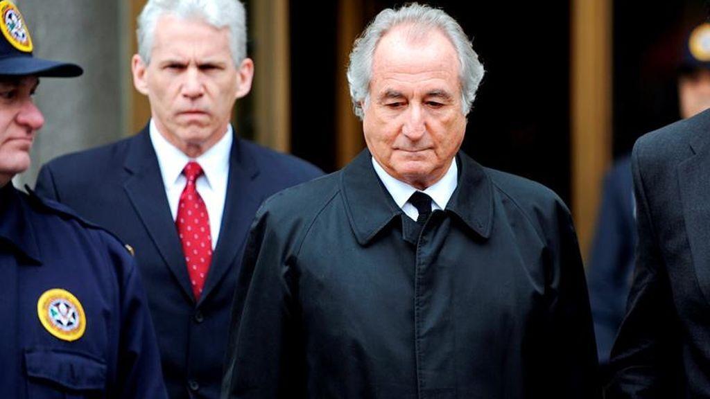 Muere Bernie Madoff el inversor que estafó a los millonarios en EEUU