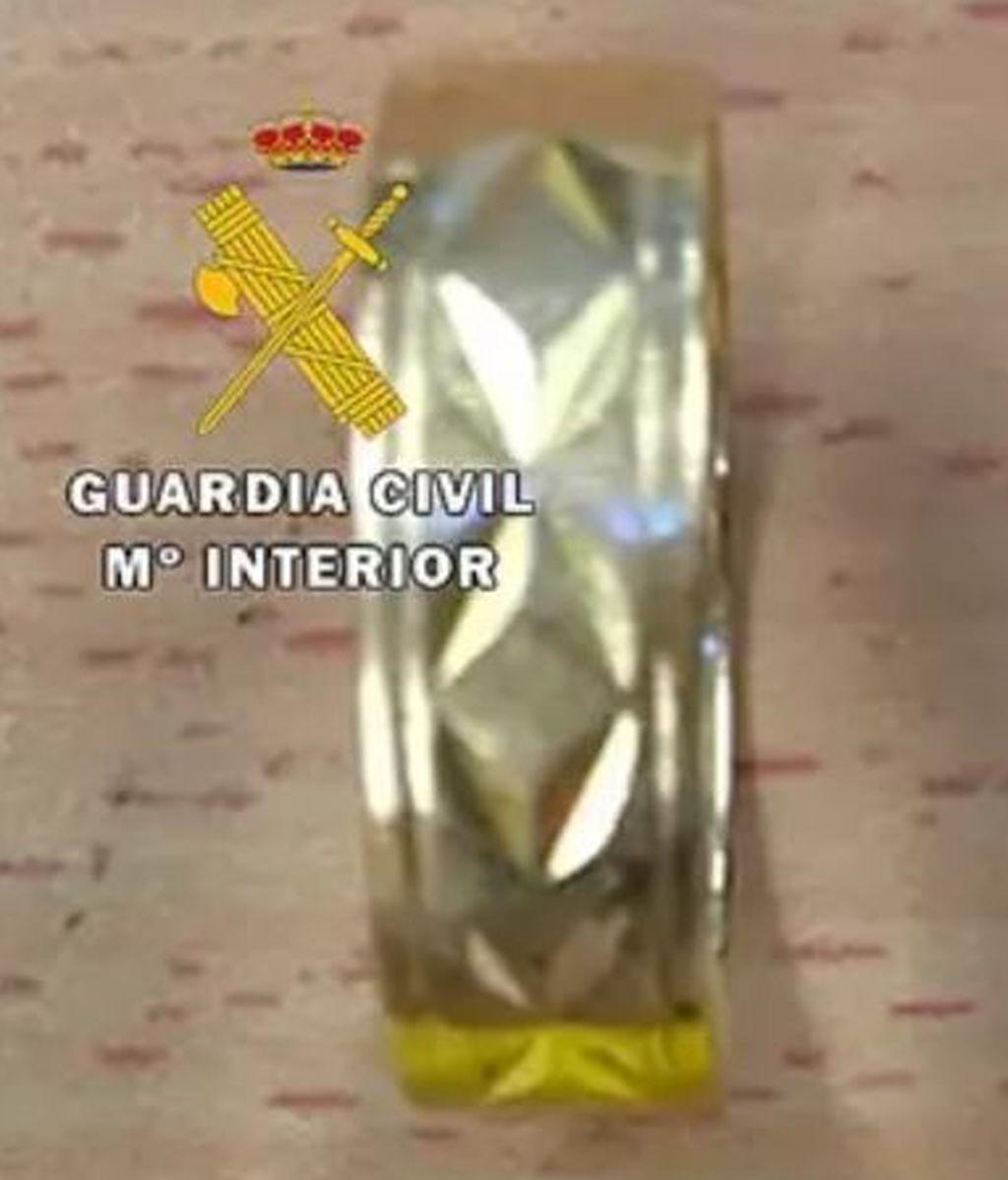 Reconoce a través de las redes sociales las joyas que le robaron hace tres años en su casa de Burgos
