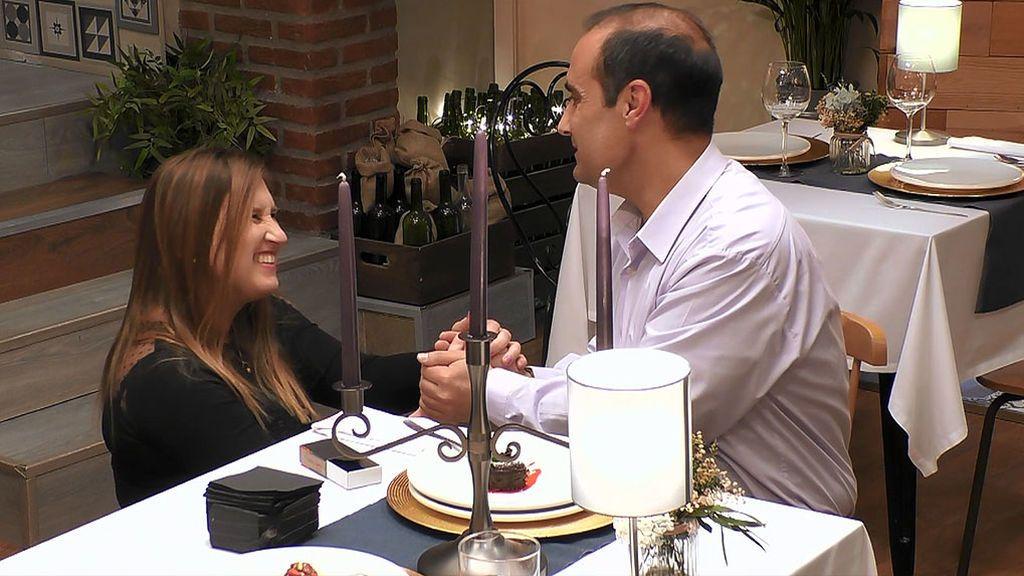 """La dulce y tierna pedida de mano de Elisabeth a Cristino: """"Es mi príncipe azul"""""""