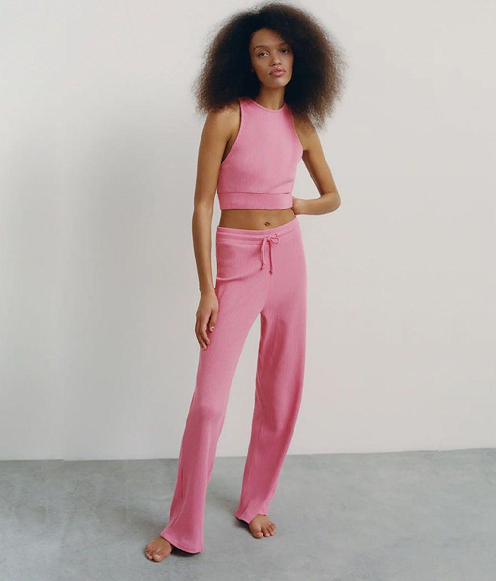 Pantalón de canalé de Zara