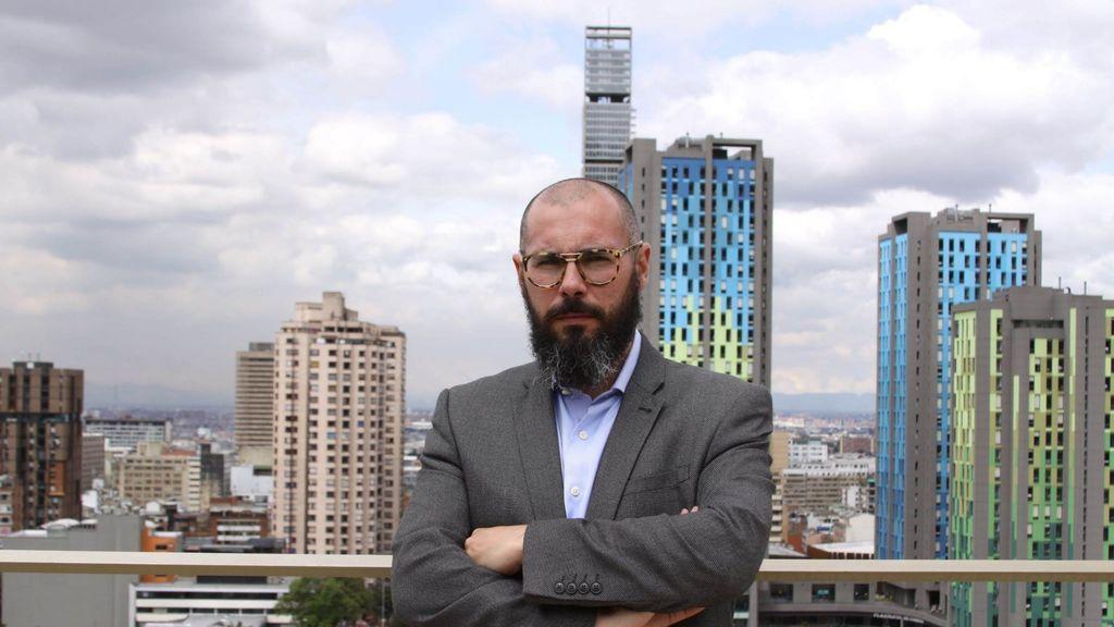 Pedro Bargueño, Doctor en Física y Doctor en Química y profesor titular de la Universidad de Los Andes en Bogotá ha vuelto con un contrato de Excelencia Beatriz Galindo