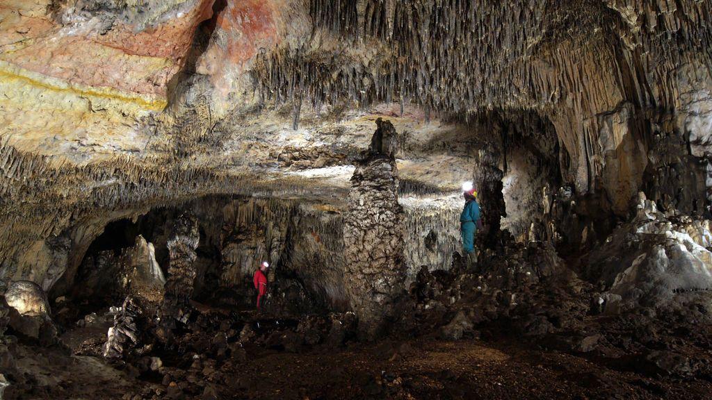 Interior de la Cueva de las Estatuas donde se han obtenido los sedimentos.