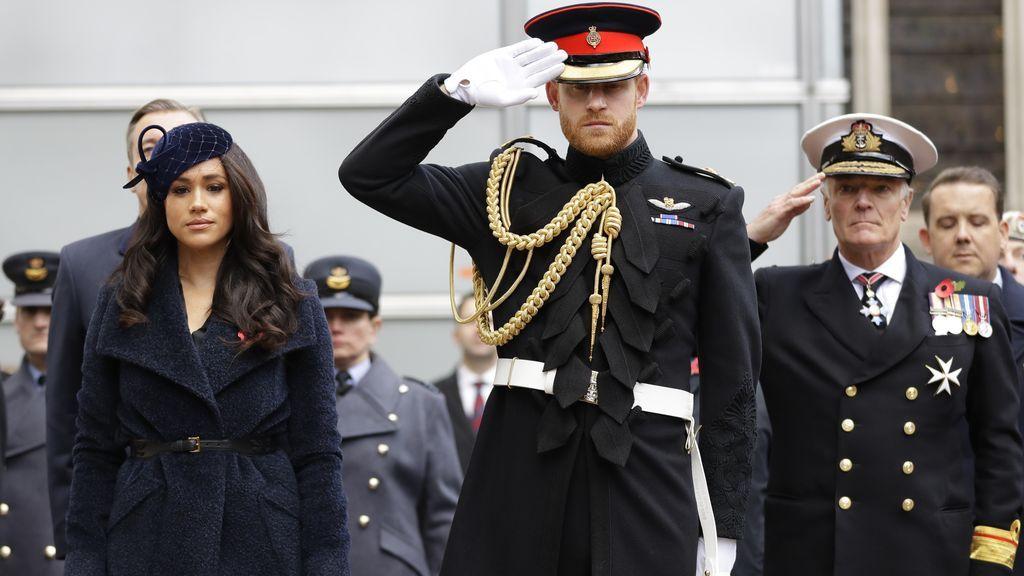 Los Windsor renuncian al uniforme militar en el funeral del duque de Edimburgo por deferencia a Harry