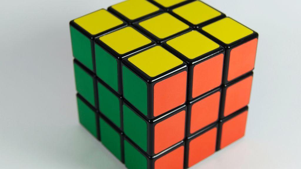 Cómo hacer un cubo de Rubik