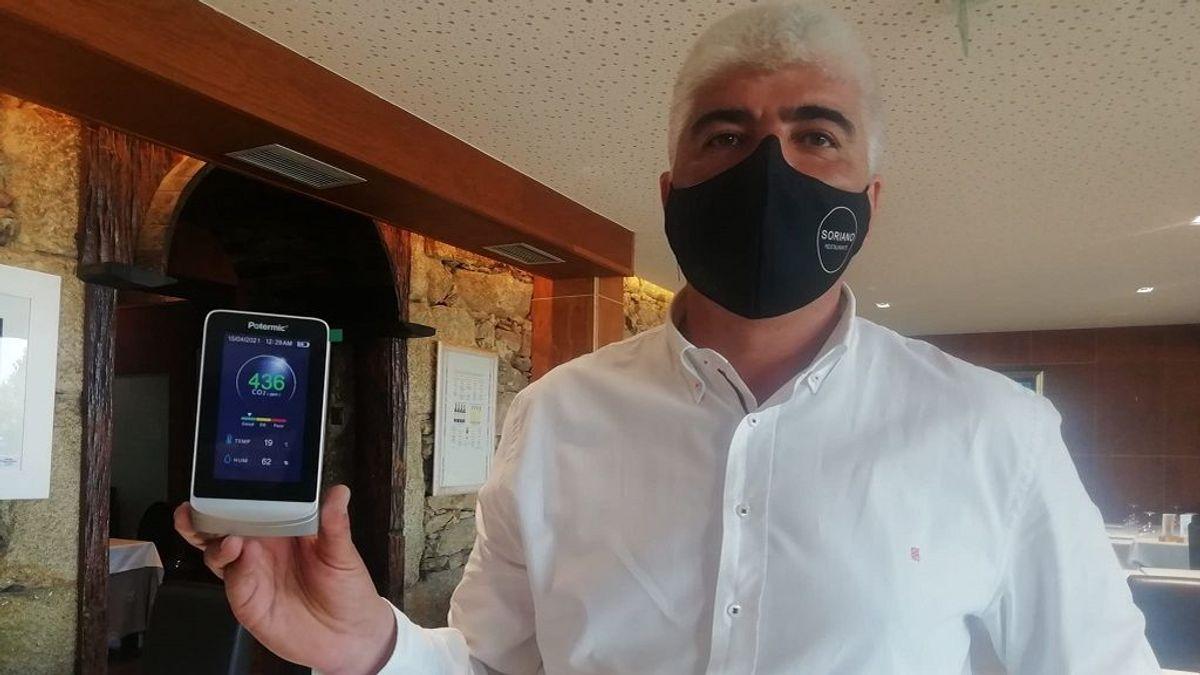 Cómo funcionan los medidores de CO2 obligatorios para los restaurantes gallegos