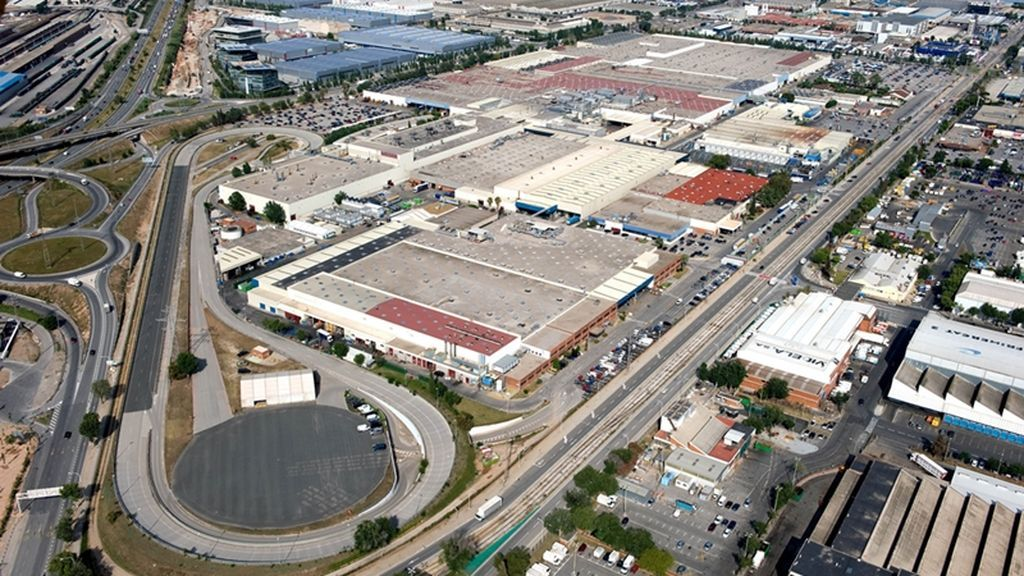 Vista aérea de la fábrica de Nissan en Zona Franca, Barcelona