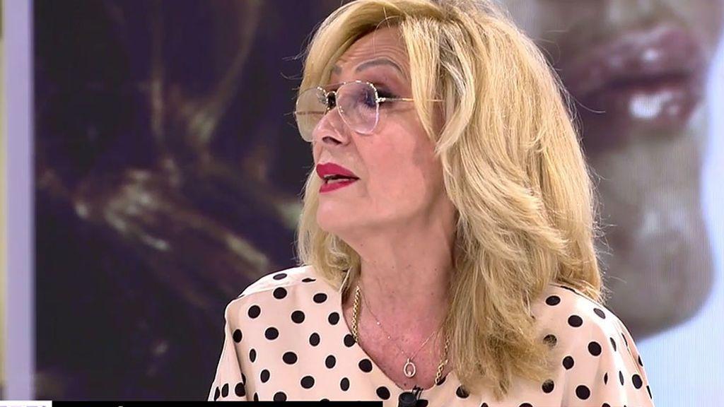 """Rosa Benito estalla contra las mentiras de Rocío Carrasco: """"No se quedó ni una sola noche con su madre, las noches me las tragué yo"""""""
